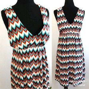 🦋 Eyeshadow Chevron Sleeveless Dress Size Medium